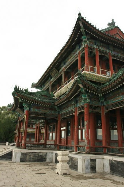 View of the Pavillion of Bright Scenery 景明楼