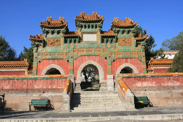 A Look at the Glazed Archway at the Putuozongcheng Temple 普陀宗乘之庙
