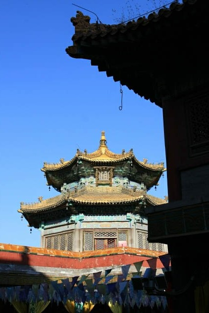 A Very Chinese Pavillion at the top of the Putuozongcheng Temple 普陀宗乘之庙
