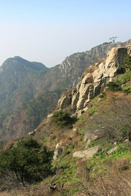 Exposed Rock at Mount Tai 泰山