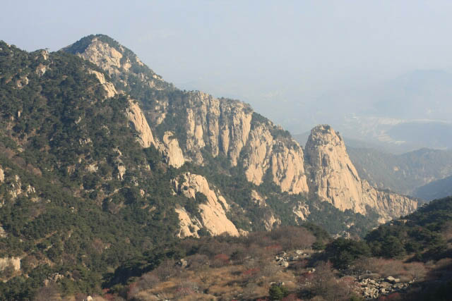 Beautiful Mountainscape of Mount Tai 泰山