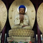One of the Sakyamuni Trinity in Buddhism at the Huayan Hall 华严殿