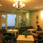 Classy Lobby at the Wushanyi International Youth Hostel 杭州吴山驿青年旅舍