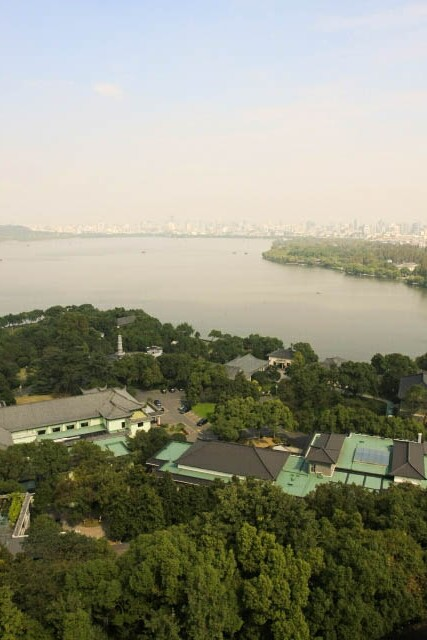 View of the West Lake from the Leifeng Pagoda 雷峰塔