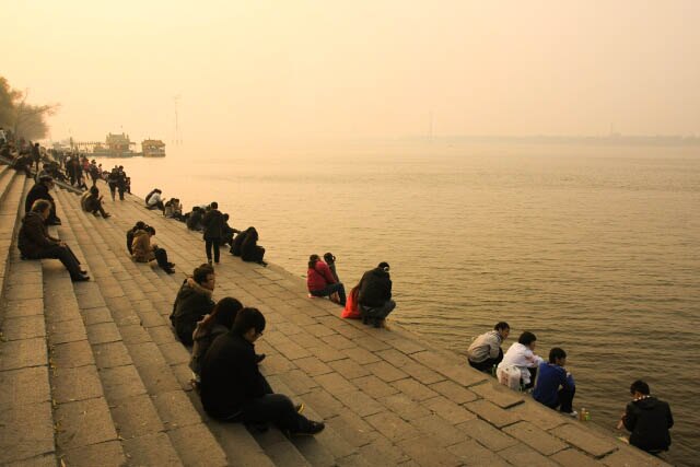 Hanging Out Along the Songhua River 松花江