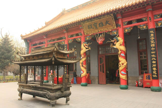 Another Hall at the Jile Temple 极乐寺