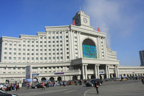 IMG 0436 500x333 Changchun Railway Station 长春站
