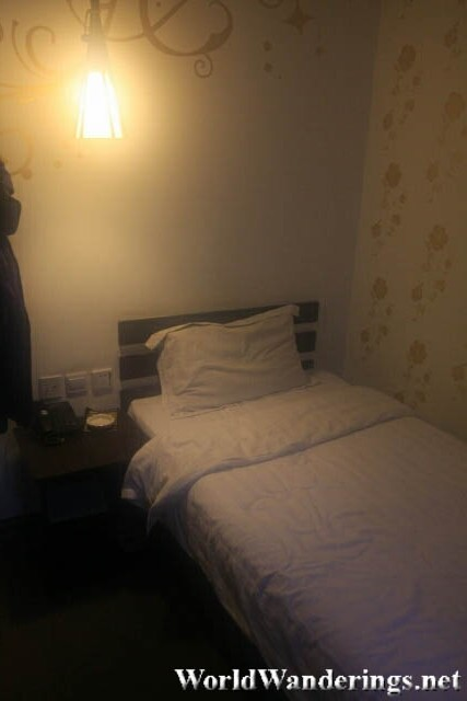 Bedroom at a Budget Hotel in Shenyang 沈阳