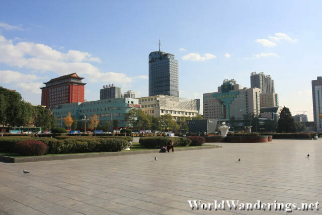 Buildings Around Wuyi Square 五一广场 in Taiyuan 太原