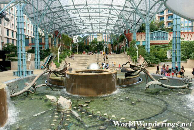 Large Fountain at the Plaza in Resorts World Sentosa