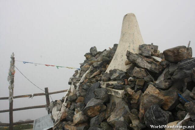 Another Chorten at Shika Snow Mountain 石卡雪山