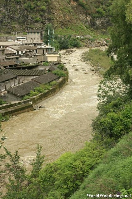 Raging Stream Beside the Road to the Tiger Leaping Gorge 虎跳峡