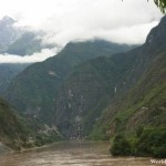 Rugged Scenery at the Tiger Leaping Gorge 虎跳峡