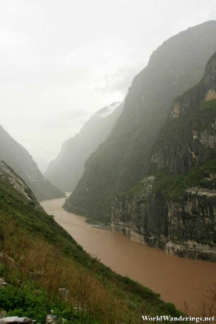 A View of the Upper Tiger Leaping Gorge 上虎跳峡