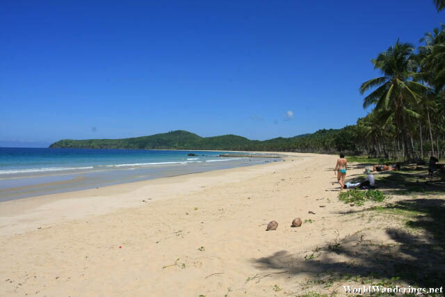 Long Beach of Pure White Sand in Nacpan Palawan