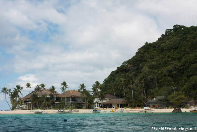 Resort at Pangulasian Island in El Nido