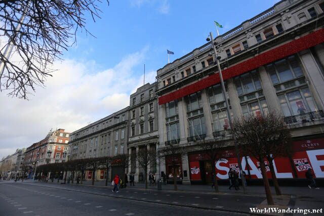 Shopping Center at O'Connell Street