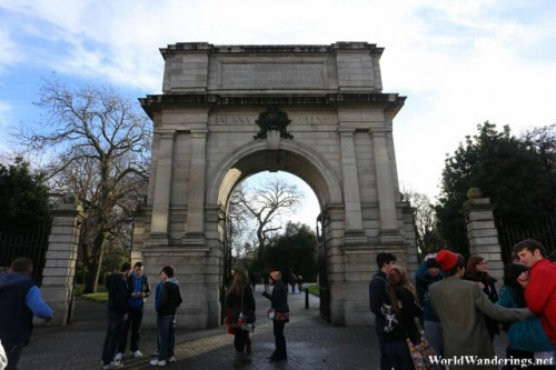 Entering the Fusilier's Arch at Saint Stephen's Green in Dublin