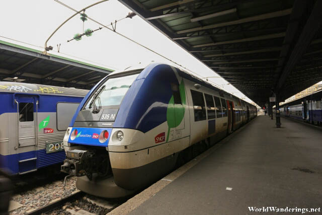 Train from Paris to Provins