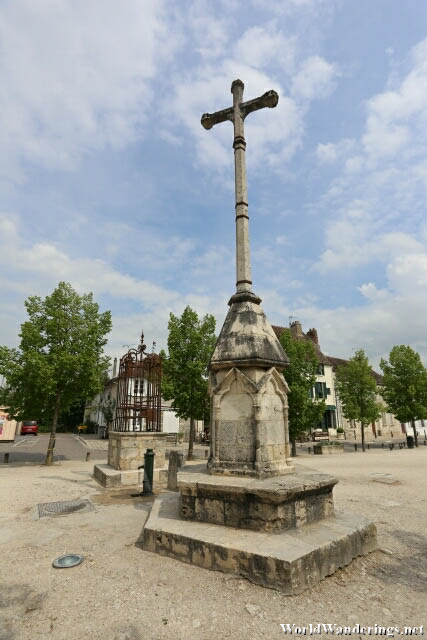 Crucifix at the Provins Town Square