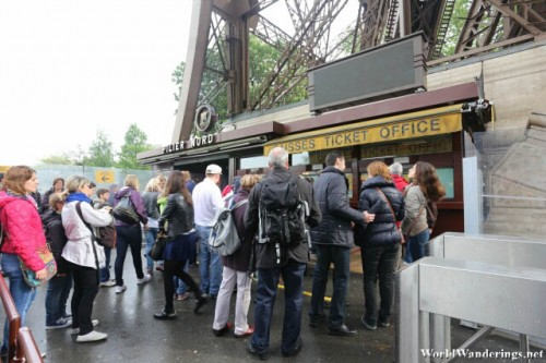 Queuing Up for Tickets to the Eiffel Tower