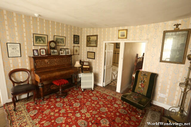 Sitting Room at Hezlett House