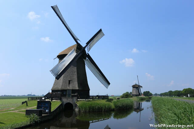 Beautiful Working Windmills
