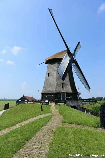 Approaching the Windmill Museum