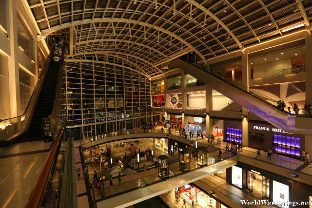 Cavernous Interior of the Shoppes at the Marina Bay Sands